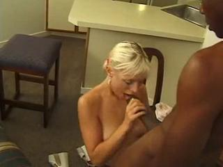 Sexy Blonde Enjoys Sweaty Threesome With Famous Black Bulls (2)