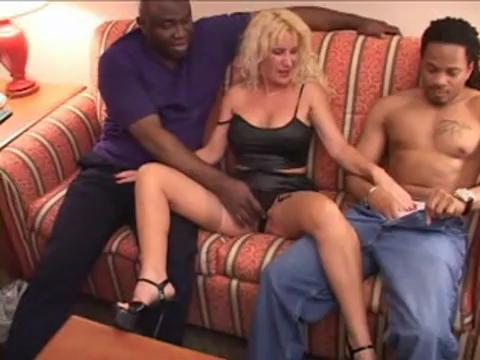 Hot MILF Vs 3 Bulls