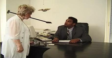A chubby GILF gets an IR fuck